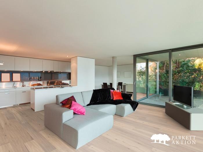 landhausdiele eiche country ger uchert handgehobelt weiss ge lt de parkett. Black Bedroom Furniture Sets. Home Design Ideas