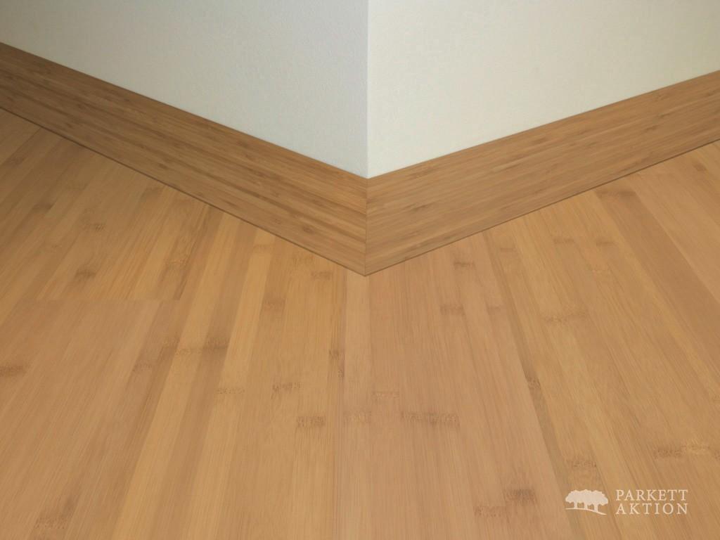 sockelleisten bambus dunkel matt lackiert it parkett. Black Bedroom Furniture Sets. Home Design Ideas