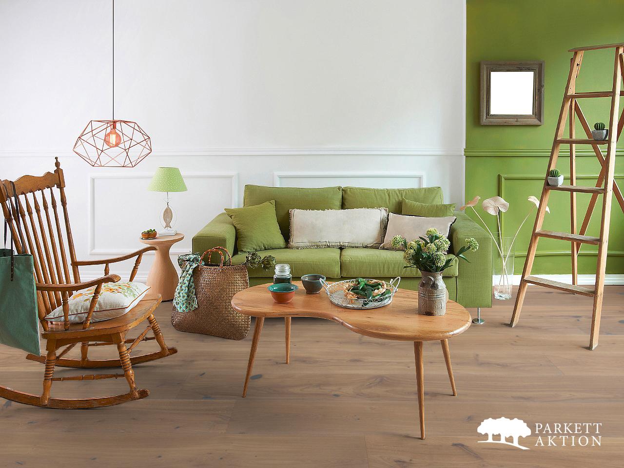 gutsboden eiche country markant geb rstet wohnfertig weiss. Black Bedroom Furniture Sets. Home Design Ideas