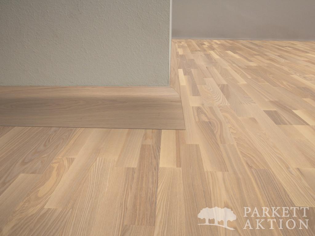 parkett landhausdielen und vinylboden online shop sockelleisten wildesche weiss matt lackiert. Black Bedroom Furniture Sets. Home Design Ideas