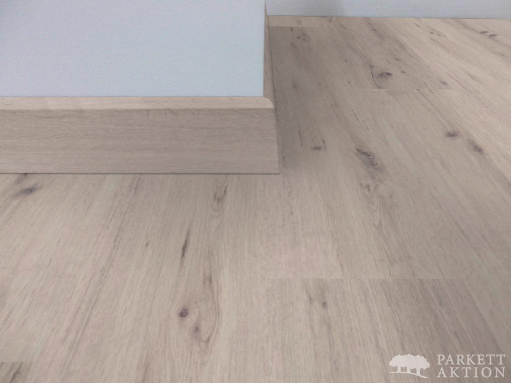 vinyl sockelleisten eiche espresso matt lackiert parkett. Black Bedroom Furniture Sets. Home Design Ideas